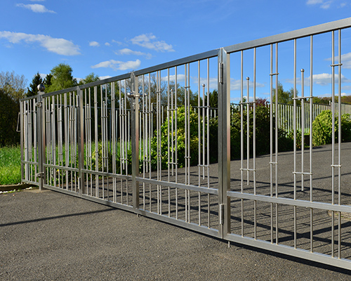 About Linmoore Fencing